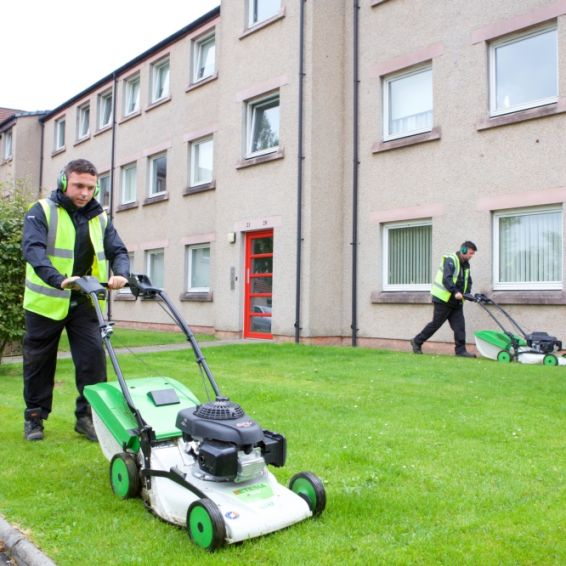 Modern Apprentices help us keep communities clean